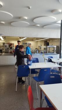 dyżur uczniów w kantynie